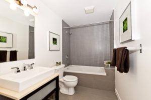 Read more about the article 5 gode grunde til at få et nyt badeværelse