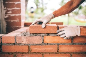 Read more about the article Vil du gerne prøve kræfter med et mureprojekt, så læs med her